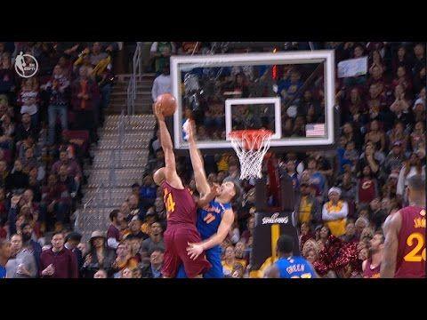 Richard Jefferson dunks on Klay Thompson! | NBA Christmas Day Basketball Cavaliers vs. Warriors - YouTube