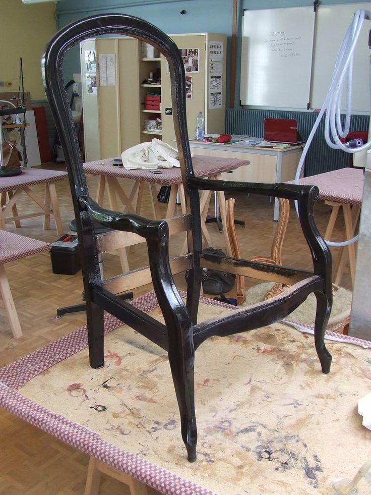 Le fauteuil Voltaire de la Dame corbeau