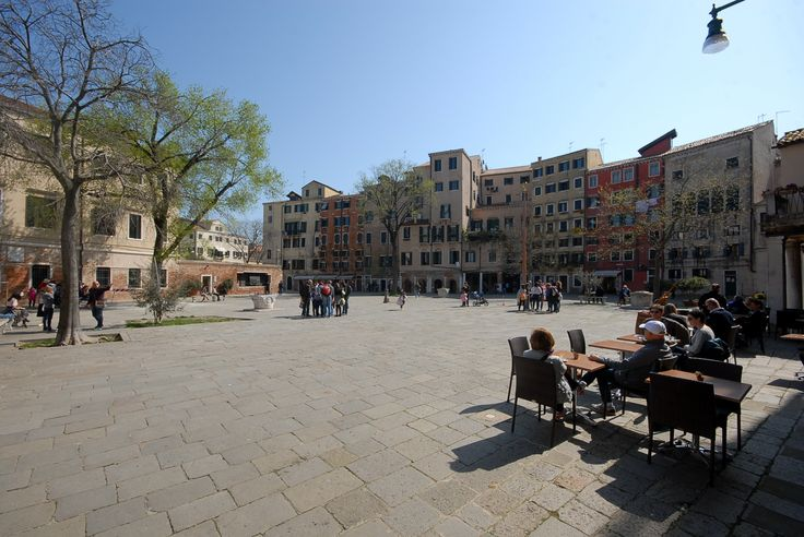 The main open area in the Ghetto called Campo del Gheto Novo