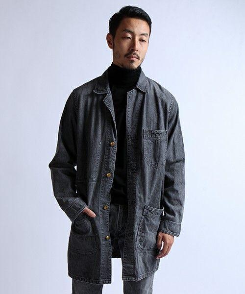 とにかく一枚あれば重宝するアイテム。秋冬のファッション アイテム メンズショップコート コーデを集めました。