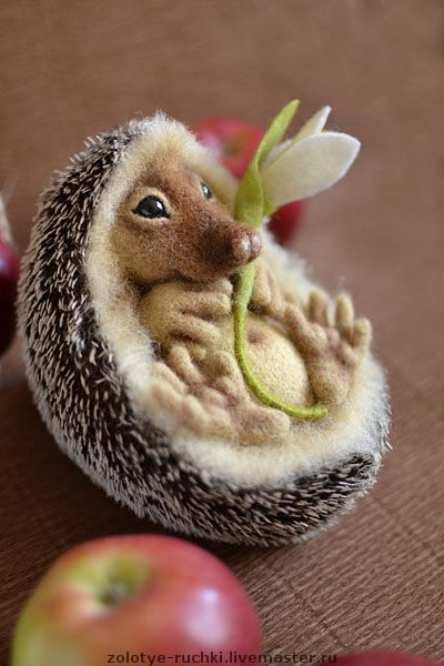 Marvellous - instructions to make this felted hedgehog.    master_klass: Даёшь ежа в каждый дом!