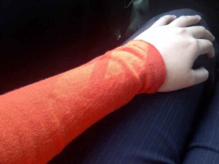 Wearing orange to work to support Oranje aka the Dutch team ;) #Euro2012
