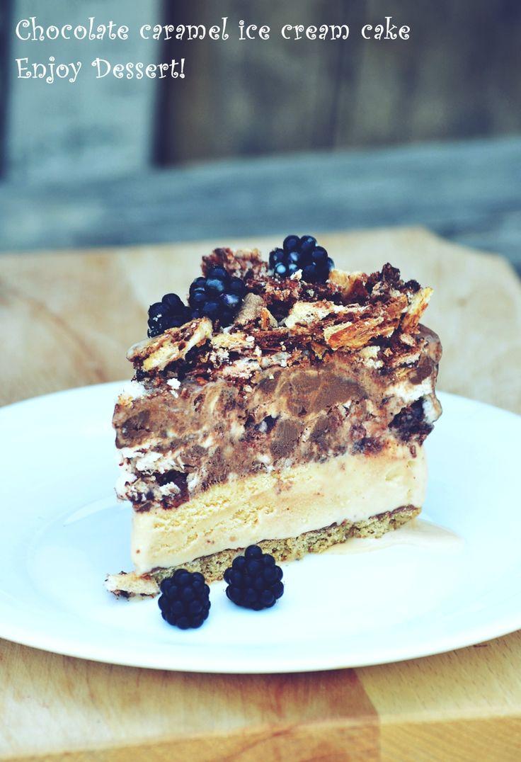 Tort de inghetata cu caramel si ciocolata