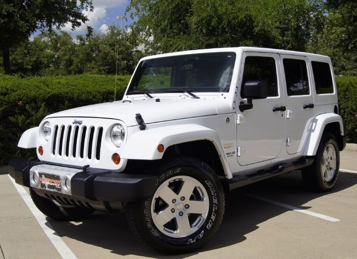 Jeep Wrangler Utility 4-Door, Unlimited Sahara Edition in White | New favorite vehicle.