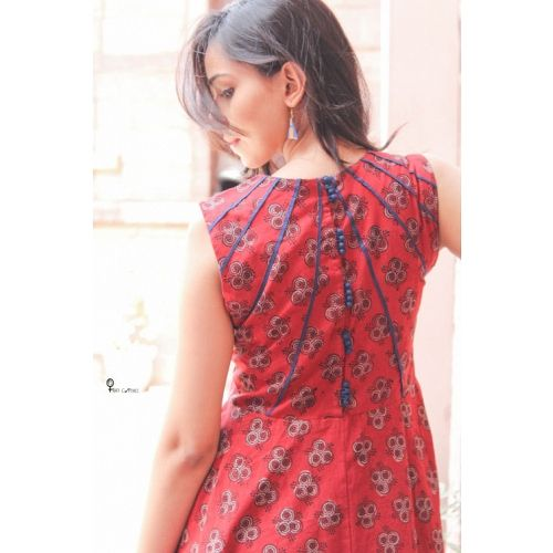 HANDBLOCK PRINT RED PLEATED DRESS - MEDHYA - HANDCRAFTED IN INDIA - Clothing Designers - Designers