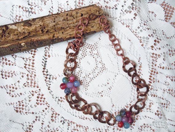 Collana catena e fiore di agate colorate, collana pietre, idea regalo donna, idea regalo lei, collana colorata e rame, collana rame