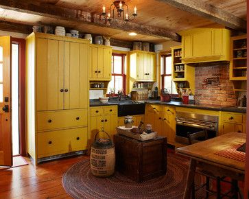 Elegant Early American Kitchen Cabinets