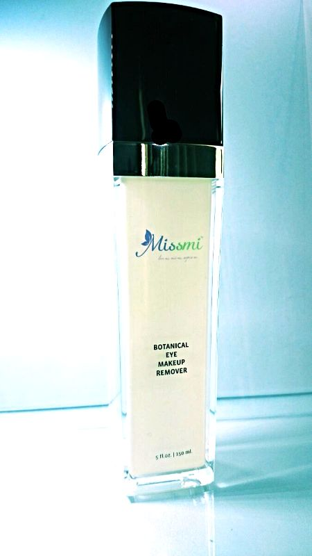 MISSMI cleanser is formulated to address the unique needs of a variety of skin types. Fortified with natural source emollients and botanicals, skin will feel clean without the loss nutrients vital to a healthy appearance. Plant derived humectants such as