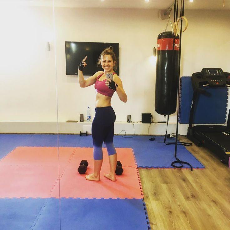 No i po treningu Jest moc jutro rusza nowa seria treningów PŁASKI BRZUCH w 10 minut A tym czasem zapraszam na bloga i korzystania z programu FITpoczątek Miłego dnia buziaki #fitpoczątek #potreningu #trening #ćwiczenia #ćwiczęwdomu #wyzwanie #challenge #odchudzanie #fitgirl #fitness #ćwiczębolubię #cardio #powerwoman #trenerpersonalny #blogerka #blog #bloger #youtuber #instagram #instaphoto #dzieńdobry #jestmoc #gubimykilogramy #fitnessmotivation