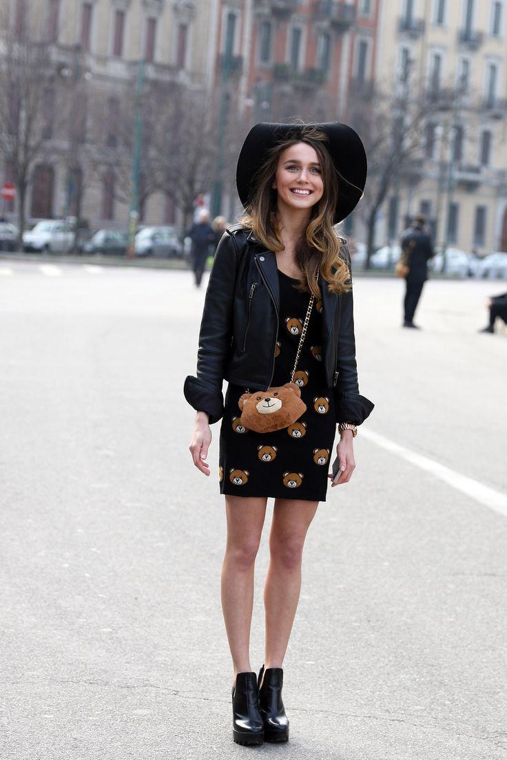 La petite robe noire de tous les jours est comfortable, et c'est la tenue parfaite pour aller bruncher un D...
