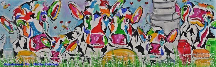 Veelzijdig kleurrijk kunstenares Mir/ Mirthe Kolkman www.kunstenaresmi... waaronder koeienschilderes. Koe kleurrijke koe koeienkunst kleurrijk kunstwerk koe in de wei hollandse koe gezellige vrolijke koe koeienkop cows from holland cowpainting koeienschilderij koeien schilderen dierenschilderij bloemen hartjes grappige koeien koe dutch cows cowartist cheese kaas melkbus bijtjes bees
