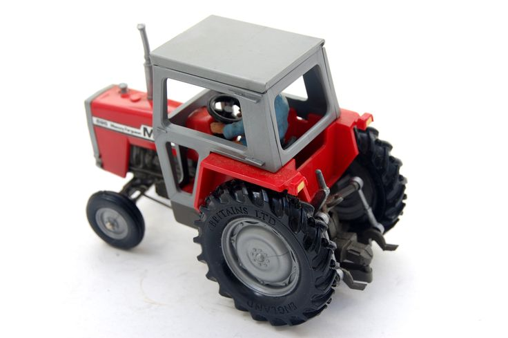 Vintage Toys Wanted by the-toy-exchange - An unboxed example of a nostalgic No.9520 MASSEY FERGUSON 2680 tractor model by Britains Toys.