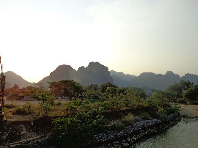 What no one tells you about Vang Vieng. (Laos) Halfthisworldaway.com