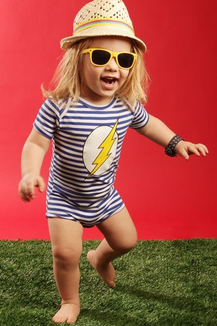 "Faster than a speeding bullet... oh hang on - wrong superhero!!  The best selling Flash Tee has been transformed into this MUST HAVE baby boys romper thanks to the phenomenal Hootkid!    This funky baby boys romper features blue and white stripe and yellow ""flash"" on front - guaranteed to be a hit with baby & mama alike!"