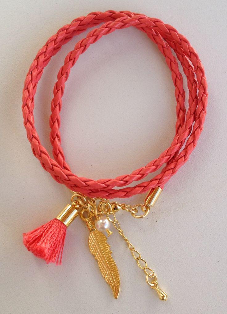 Red leather bracelet pulseira de couro vermelha