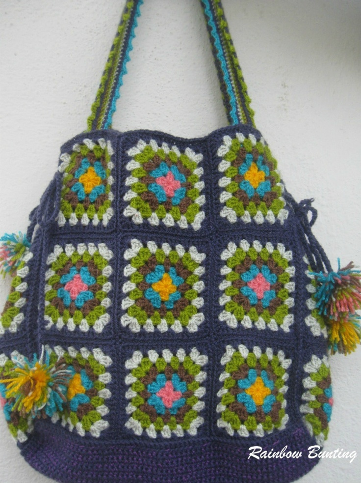 Granny Goes Shopping. Love these colours: Granny Bags, Rainbows Buntings, Crochet Bags, Bag, Bags Patterns, Shops Bags, Granny Squares, Crochet Patterns, Bag Patterns