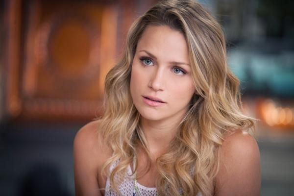 Shantel Vansanten - love her hair color