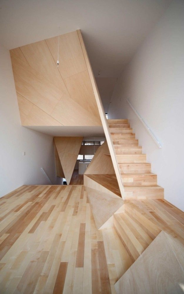 New Kyoto Town House / Alphaville Architects