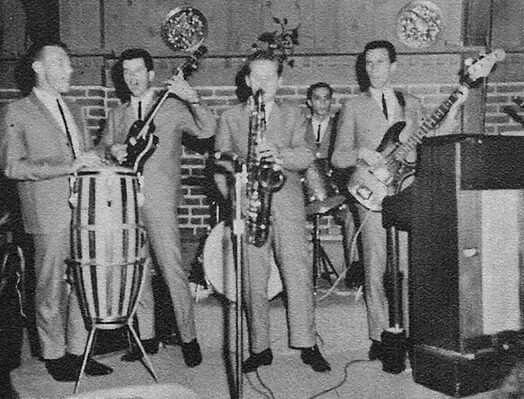 Bobby Hatfield, far left.  Bill Medley, far right.  The Paramours 1962