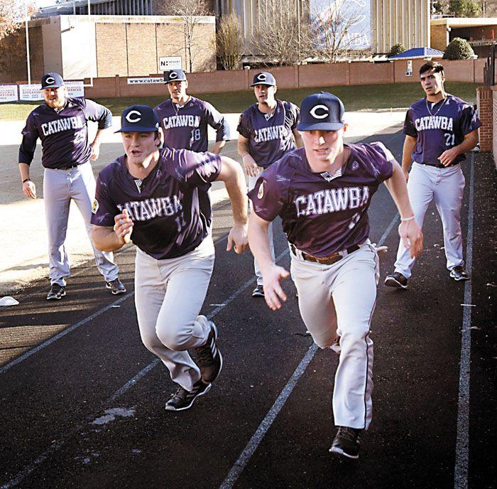 Warm Sunshine Draws Catawba College Baseball Team Outside Salisbury Post Catawba College College Baseball Baseball Team