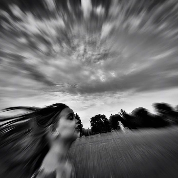 #running #childrenphoto #monochromelovers