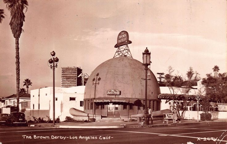 The Brown Derby Restaurant in Los Angeles, California