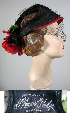 1950s Black and Red Straw Hat with open back