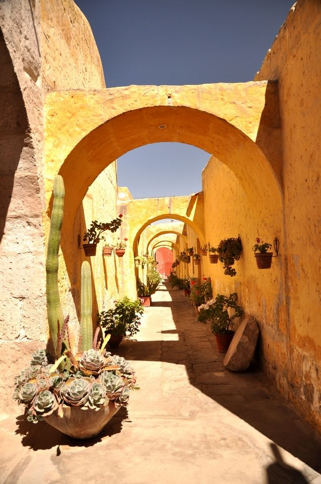 Arequipa, Peru... Próximo destino! Ph by Two Travelling Birds This world is really awesome. The woman who make our chocolate think you're awesome, too. Try some Peruvian Chocolate today! http://www.amazon.com/gp/product/B00725K254