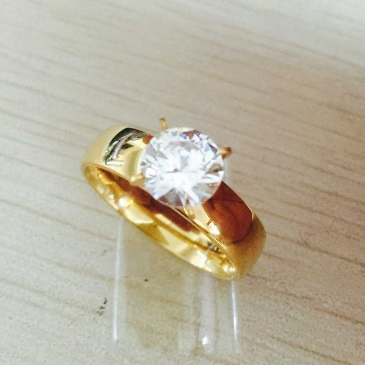 Fashion Statements Rings for Women Gold Plated Round White Crystal Rings Zircon CZ Band Engagement Ring