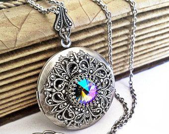 Luna oculta  collar de cristal de Swarovski  joyería gótica
