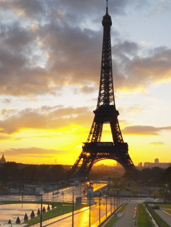 I have been to Paris, and it was absolutely amazing! Would LOVE to go back!: Honeymoon, Favorite Places, Dawn, Squares, Eiffel Towers, Sunset, Paris France, Trocadero Square