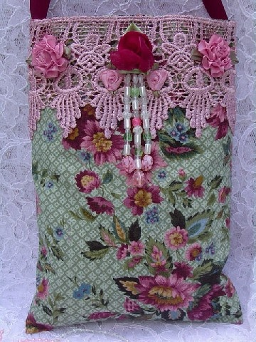 Venise Lace Sachet- RoGregg- Northcott- ~By Sondra, of Traders of the Lost Art 1
