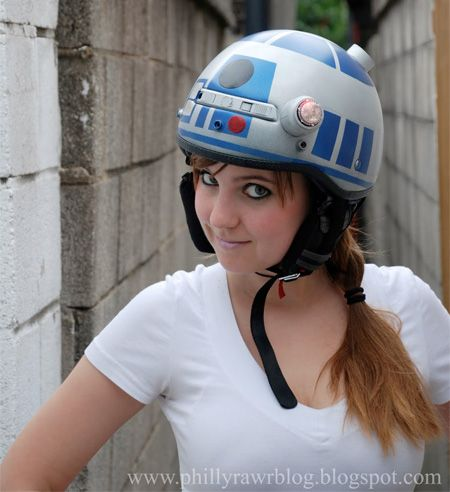 R2-D2 helmet was created by professional pastry artist Jennifer Hall.