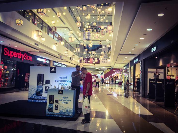 R City Mall Ghatkopar - Rags, Tags, Paper bags