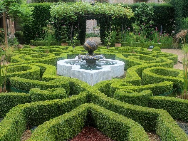 91 best sudeley castle garden images on pinterest castle for Tudor knot garden designs