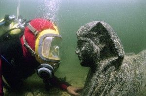 "Submerged ""Mythical City"" Found In Egypt? 6d9aba35a4d6c171e292c4ea2f846f23--underwater-images-underwater-city"
