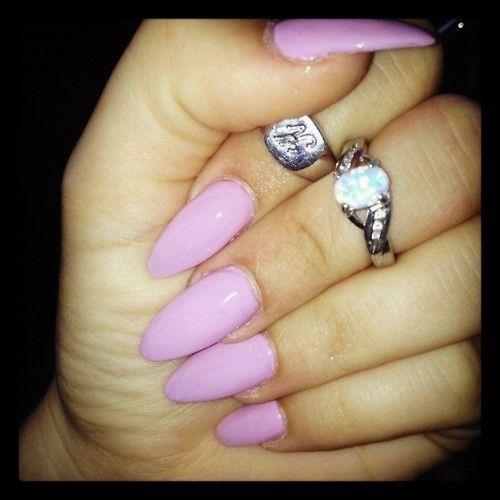 Kylie Jenner Nails Pink