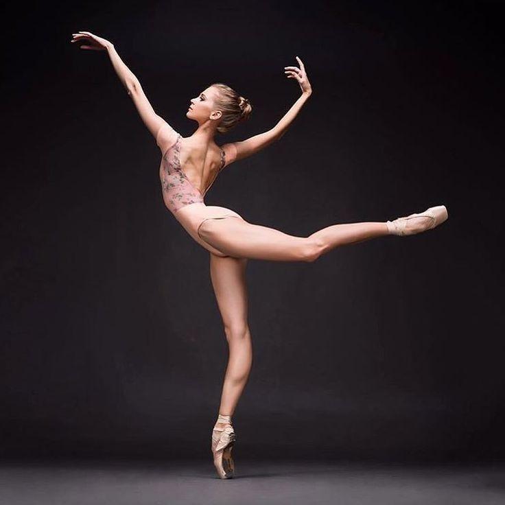 sama-erotika-i-balet-foto