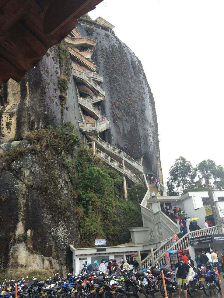 Piedra El Peñol, Guatapé, Medellín, Colombia