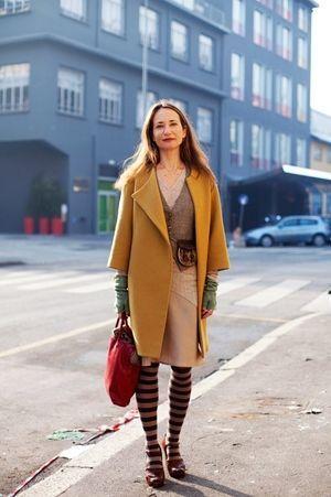 カラーで楽しむミセスコーデ。上品なタイプのミセス系コーデ。スタイル・ファッションの参考に♪