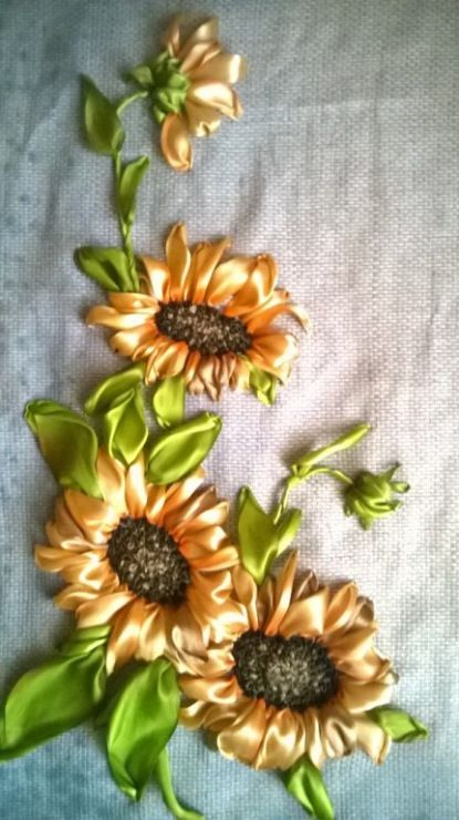 Sunflowers #ribbonEmbroidery