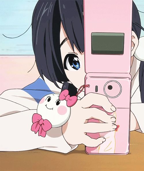 ☆**this is an animated gif~ please click to see the animation!**☆ from 'Tamako Market' ♥ cute anime girl typing on a cell phone, kawaii pink texting gif