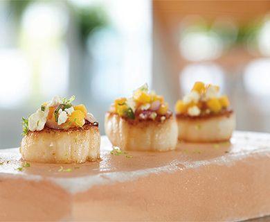 Seared Scallops with Feta Mango Salsa and Apetina® Crumbled Feta Cheese #scallops #appetizer #seafood