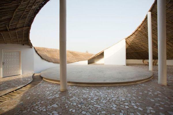 hread construção ecológica no Senegal patio interno