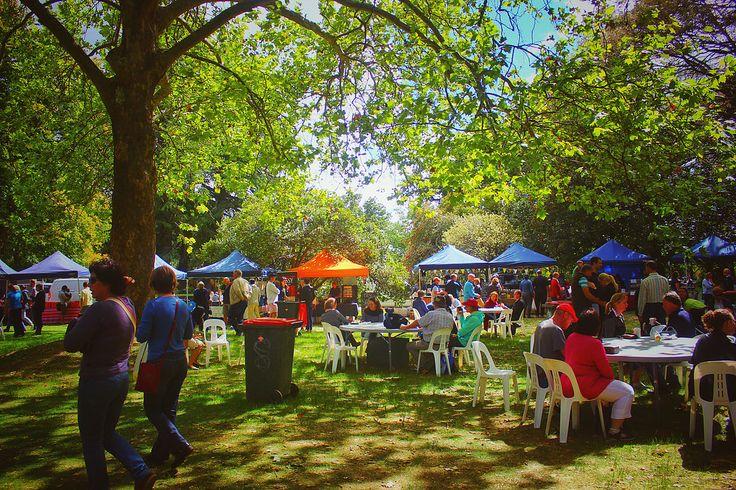 Sunday producers market at Orange FOOD Week 2017 in Orange | Clovar Creative | Freelance Food Writer Sydney