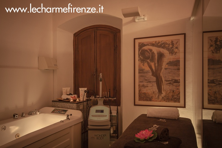 #Centro #Lecharme #Firenze in piazza #Duomo www.lecharmefirenze.it