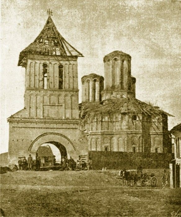 SF Dumitru Mare, one of the still preserved classic churches. Craiova has many monuments, visit them all on www.iCraiova.com