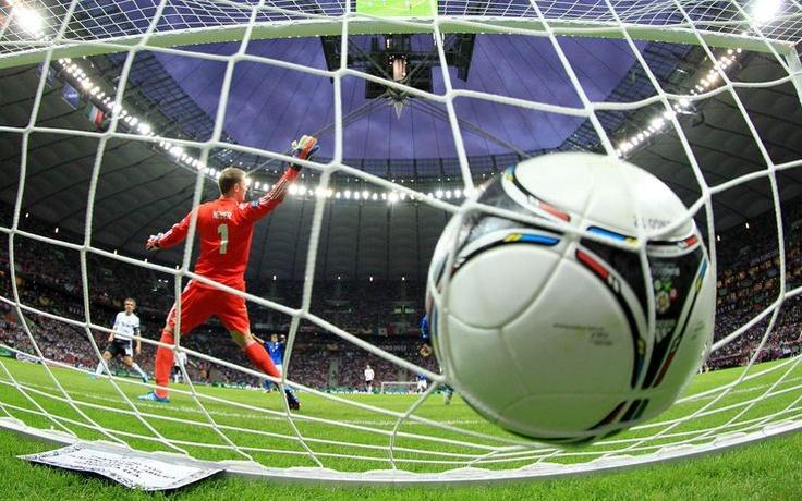 l'1-0 in Italia-Germania. #Euro2012 #Balotelli