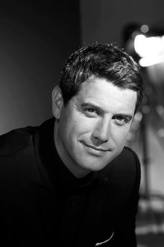 Sebastien Izambard, Il Divo - Mais oui! Il est doux pour les yeux!!
