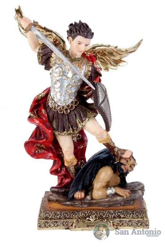 San Miguel Arcangel: El Arcangel Miguel es el protector de la Iglesia y considerado abogado del pueblo elegido de Dios. La Iglesia Católica lo considera como patrono y protector de la Iglesia Universal.